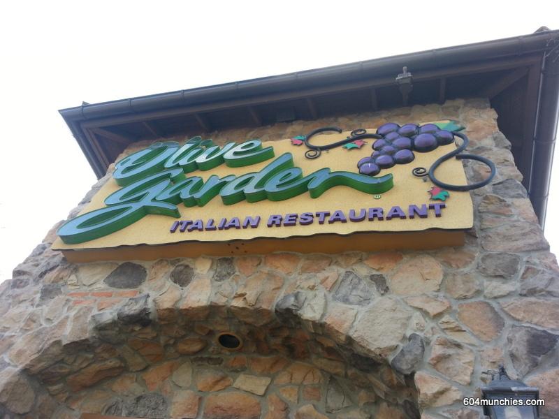 Olive - 00 Outside