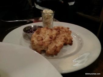 Twisted - 08 scones