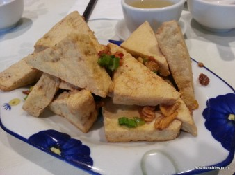 Western Lake - 10 deep fried tofu
